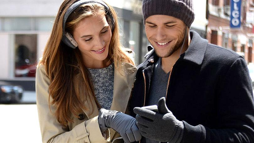 Touch-Screen Gloves for Your Frozen Fingers